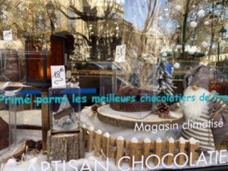 Logo Dadou Macarons & Chocolat