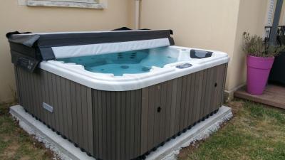 Israpilov Kazbek - Fabrication de saunas, hammams et spas - Nîmes