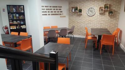 Meeple Cafe - Jouets et jeux - Paris