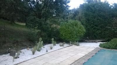 Pierre Au Jardin - Petits travaux de jardinage - Avignon