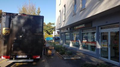 Mail Boxes Etc - Entreprise d'emballage d'expédition - Tours