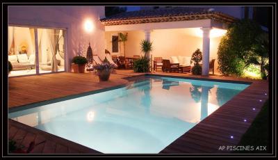 Piscines Desjoyaux - Construction et entretien de piscines - Aix-en-Provence