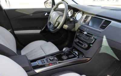 Confort VTC - Location d'automobiles avec chauffeur - Évry