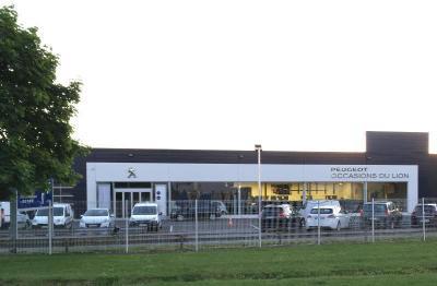 Peugeot ARRAS / Centre Professionnel / Centre Occasion Spoticar - Garage automobile - Arras