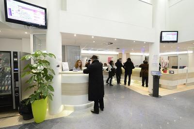 Mg Services Ecoutervoir - Médecin dermatologue - Paris