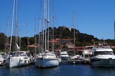 Port de Poquerolles - Port fluvial et maritime - Hyères