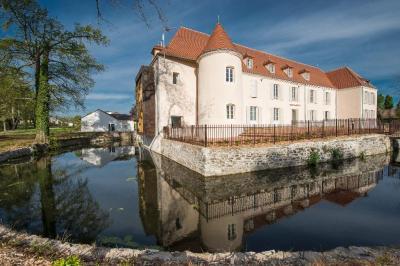 Le Château du Bost - Hôtel - Bellerive-sur-Allier