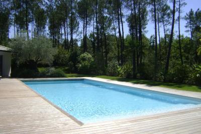 Vf Construction Renovation - Construction et entretien de piscines - Saint-Aubin-de-Médoc