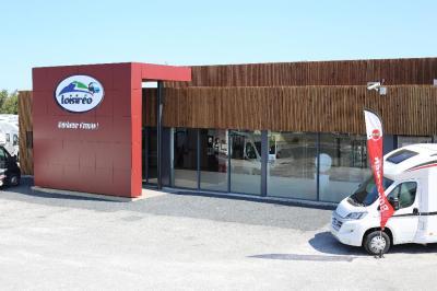 Parking Caravanes Roussillon - Carrosserie et peinture automobile - Perpignan