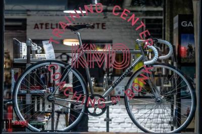 Softee Bike - Concessionnaire automobile - Paris