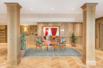 Résidence Services Séniors Villa Médicis Dijon - Petites Roches - Restaurant - Dijon