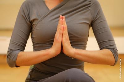 Yogaveda Vannes - Cours de yoga - Vannes