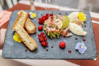 Restaurant Les Tournesols - Hôtel - Thonon-les-Bains