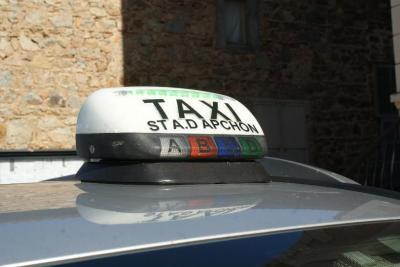 Ambulance Thomas - Taxi - Roanne