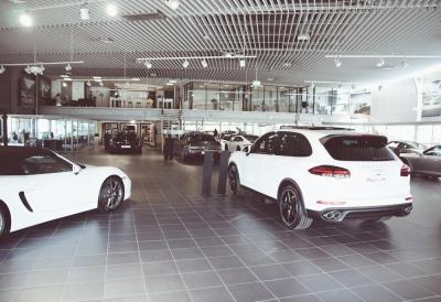 Centre Porsche Bordeaux - Garage automobile - Pessac