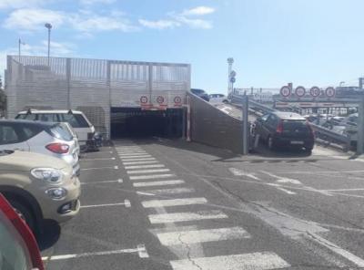 Parking gare de Beziers longue durée - EFFIA - Parking public - Béziers