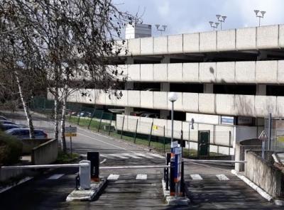 Parking gare de Chartres - EFFIA - Parking public - Chartres