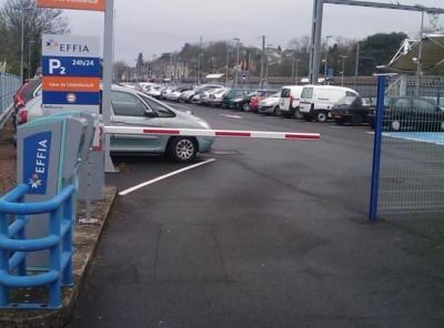 Parking gare de Chatellerault longue durée - EFFIA - Parking public - Châtellerault