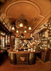 Brasserie De L'Ile St Louis - Café bar - Paris