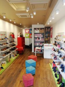 Pixieboots - Chaussures - Saint-Germain-en-Laye