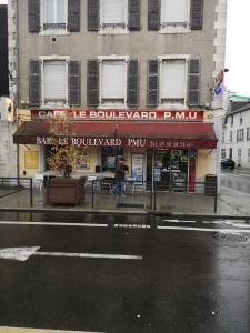 Le café du boulevard - Café bar - Pau