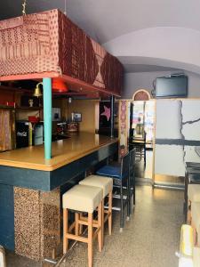 Easy Archi Renovation Easy Archi Renovatio - Entreprise de bâtiment - Toulon