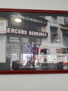 Artisans Vitriers Serruriers AVS - Serrurier - Grenoble