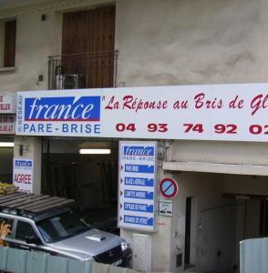 FRANCE Pare Brise - Vente et réparation de pare-brises et toits ouvrants - Antibes