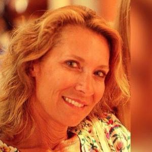 Agnès Schenone-Witmeyer - Médecin angiologue et spécialiste de la médecine vasculaire - Bourg-en-Bresse