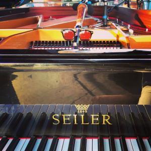Le Comptoir Musical - Transport de pianos et de coffres-forts - Toulon
