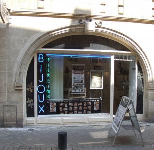 Ornement Universel - Tatouages - Bordeaux
