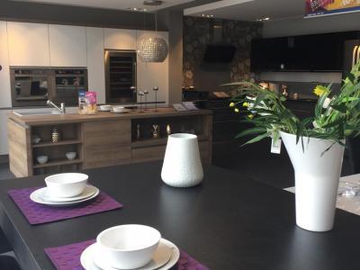 Ixina Plaisir - Vente et installation de cuisines - Plaisir