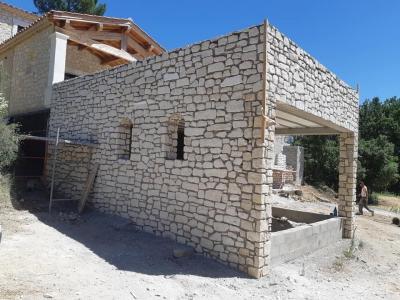 Roj Concept - Vente et pose de revêtements de sols et murs - Avignon