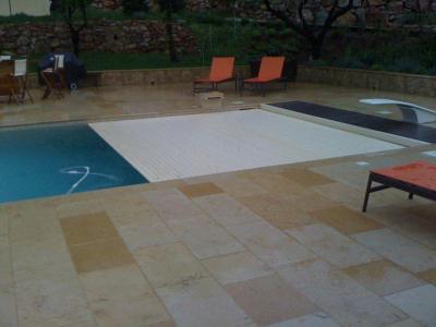 Bourgeois Piscines Etudes et Construction - Construction et entretien de piscines - Aix-en-Provence
