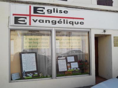 Eglise Evangélique - Église évangélique - Arles