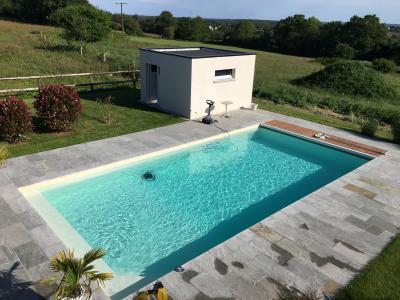 Ideal Piscine & Spa - Construction et entretien de piscines - Vannes