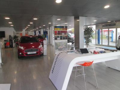Ford Pont Automobiles 41 - Garage automobile - Blois