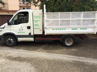 Hocquet Paysage - Aménagement et entretien de parcs et jardins - Nîmes