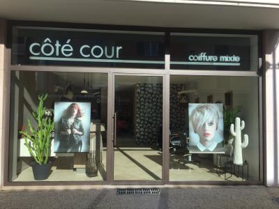 Côté Cour - Coiffeur - Vaison-la-Romaine