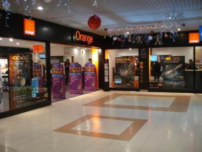Boutique Orange Centre commercial - Poitiers - Développement et tirage photo - Poitiers