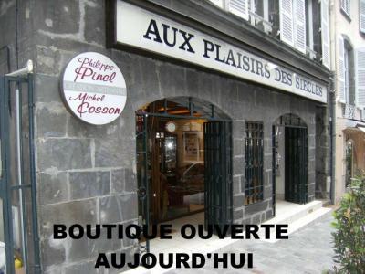 Aux Plaisirs Des Siècles Cosson SARL - Magasin de meubles - Clermont-Ferrand