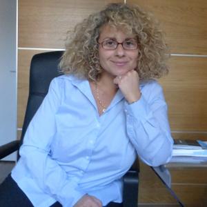 Valérie Attia - Soins hors d'un cadre réglementé - Paris