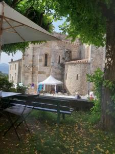 11 Place De L'Eglise - Restaurant - Saint-Lizier