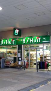 8 à Huit BP - Alimentation générale - Levallois-Perret