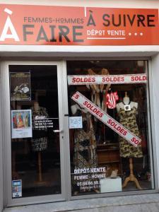 A Faire . A Suivre - Dépôt-vente de vêtements - Arcachon
