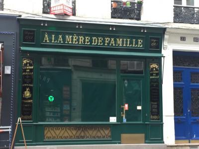 A La Mère De Famille - Chocolatier confiseur - Paris