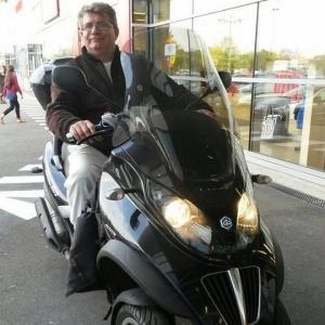 Absolute Scooters - Vente et réparation de motos et scooters - Paris
