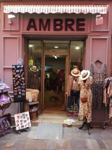 Ambre - Vêtements femme - Grasse