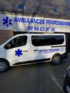 Ambulances Perrosiennes Rouzaut Claud - Taxi - Perros-Guirec