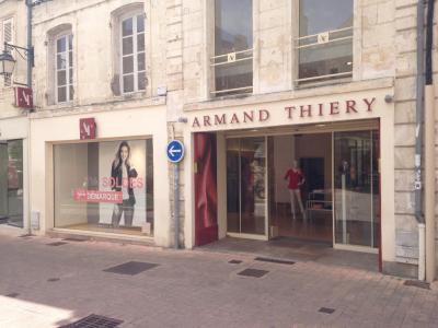 Armand Thiery - Vêtements femme - Saintes